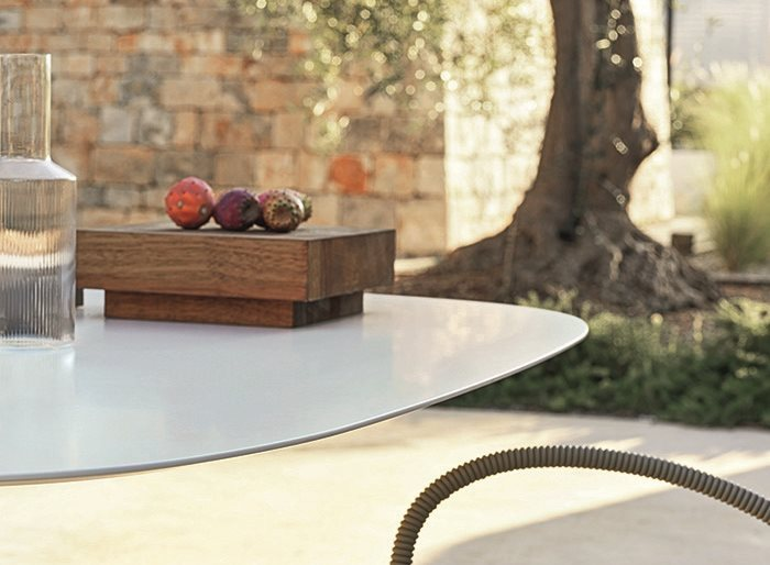 bonacina_outdoor_traccia-dining_out_5_gallery_small(0)