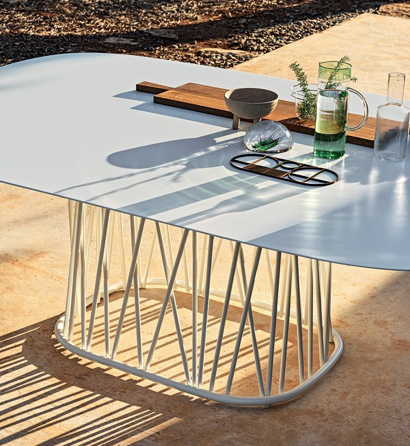 bonacina_outdoor_traccia-dining_out_preview